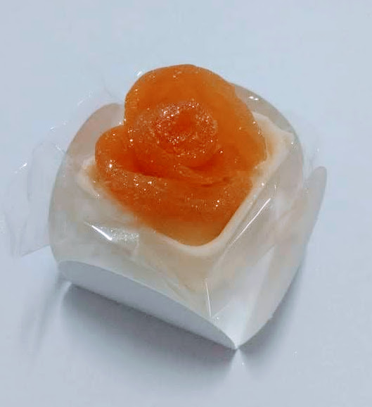 Caixa flor de damasco R$ 2,50