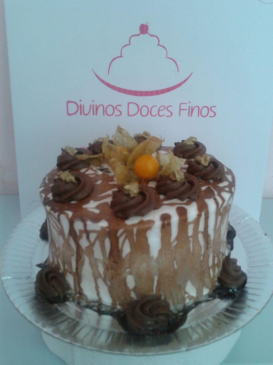 Bolo Mousse Chocolate com Nozes R$ 69,90 kg