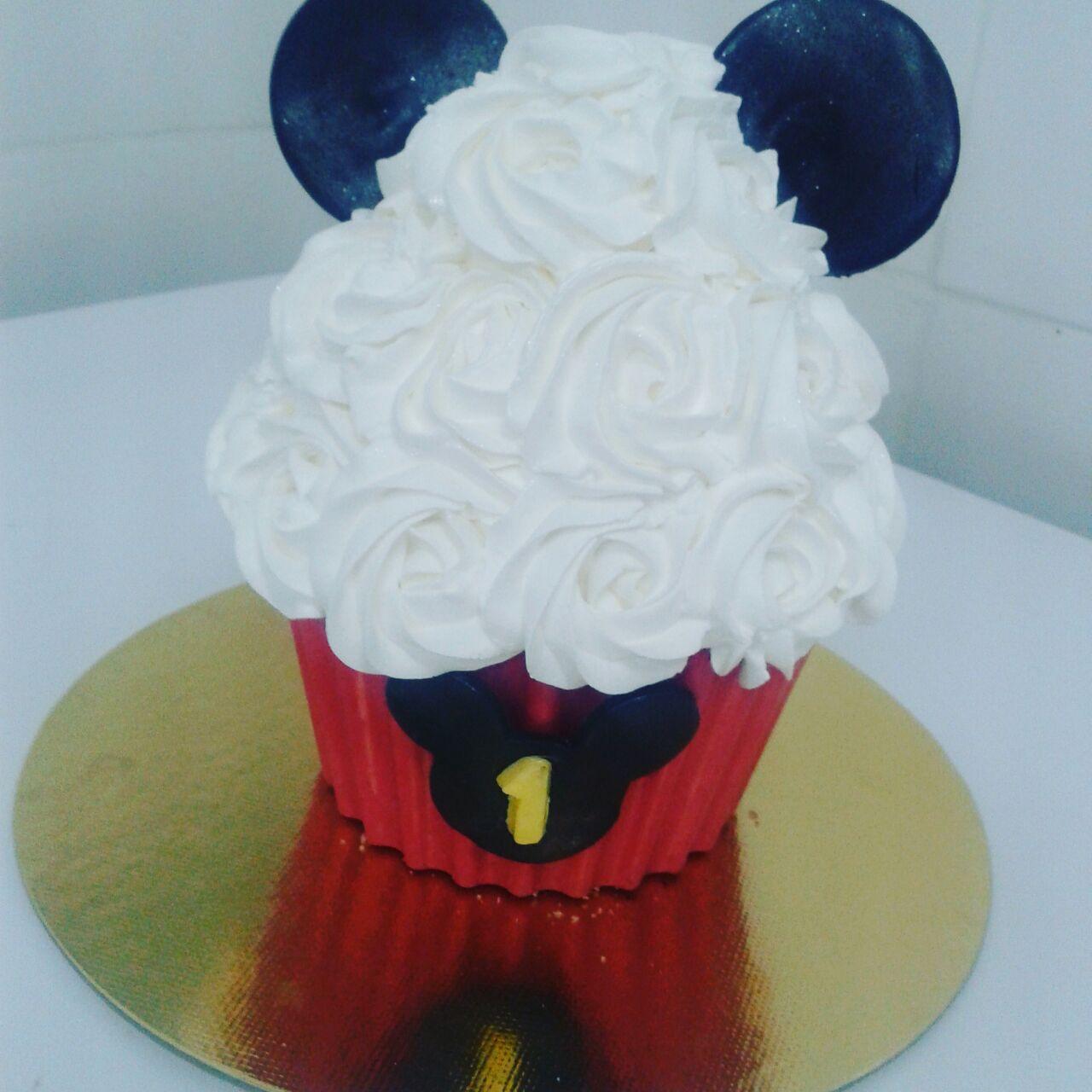 Smash the Cake Mickey R$ 65,00