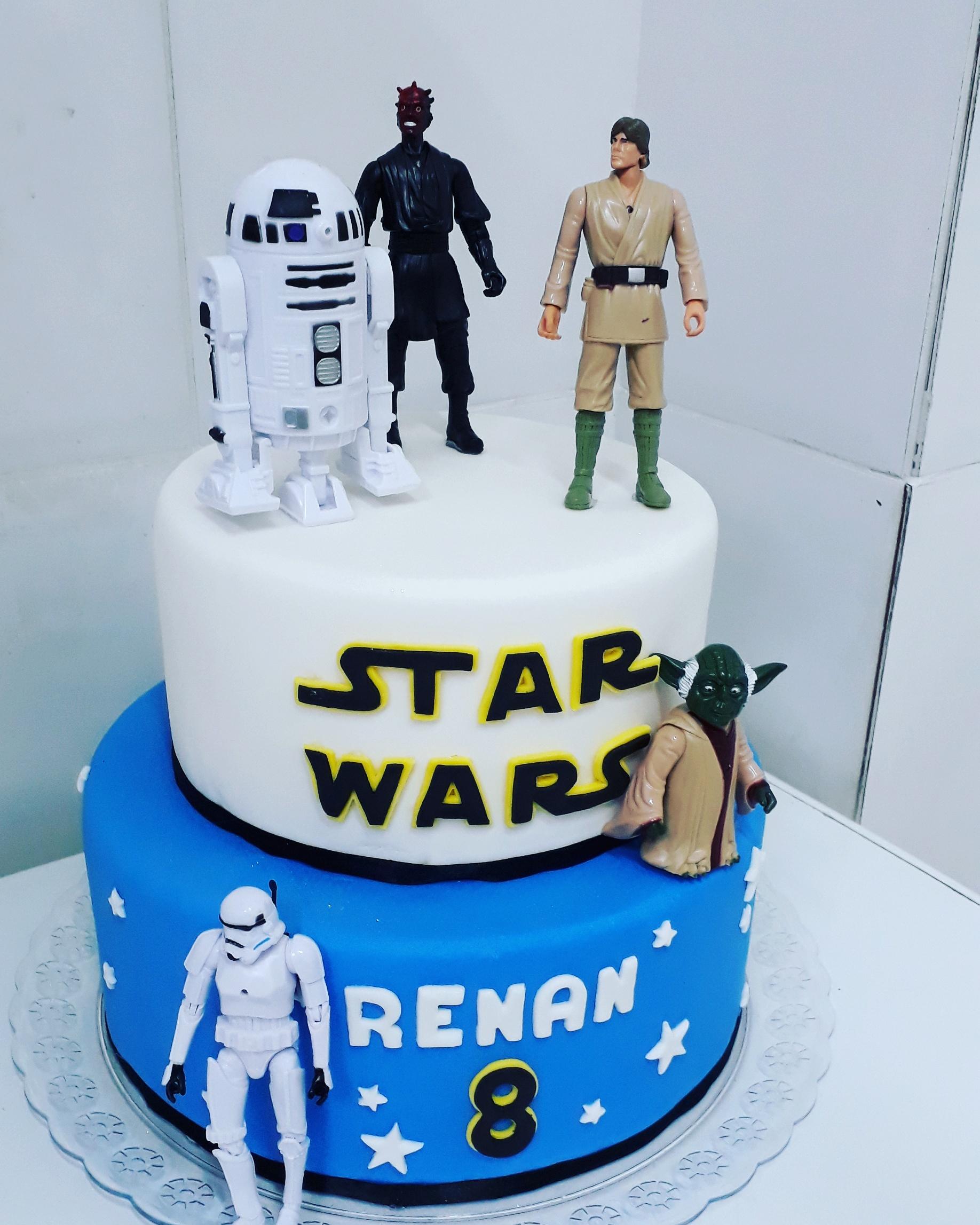 Bolo Star Wars R$ 130,00 kg