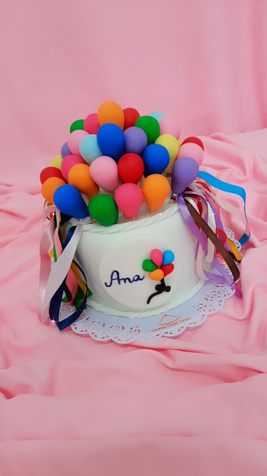 Bolo Bexigas Balões R$130,00kg